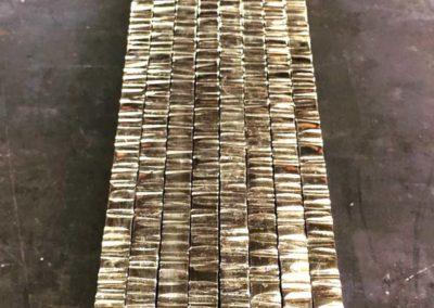 Sections en laiton texturé poli miroir pour façonnage d'un miroir