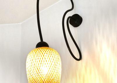 Prototype de lampe en acier patiné