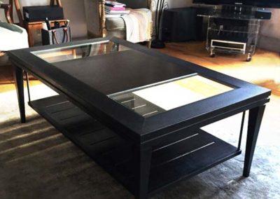 Table basse en acier patiné noir ciré à chaud